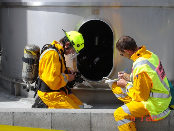 Confined-Space-Entry-Rescue-Training-Course3