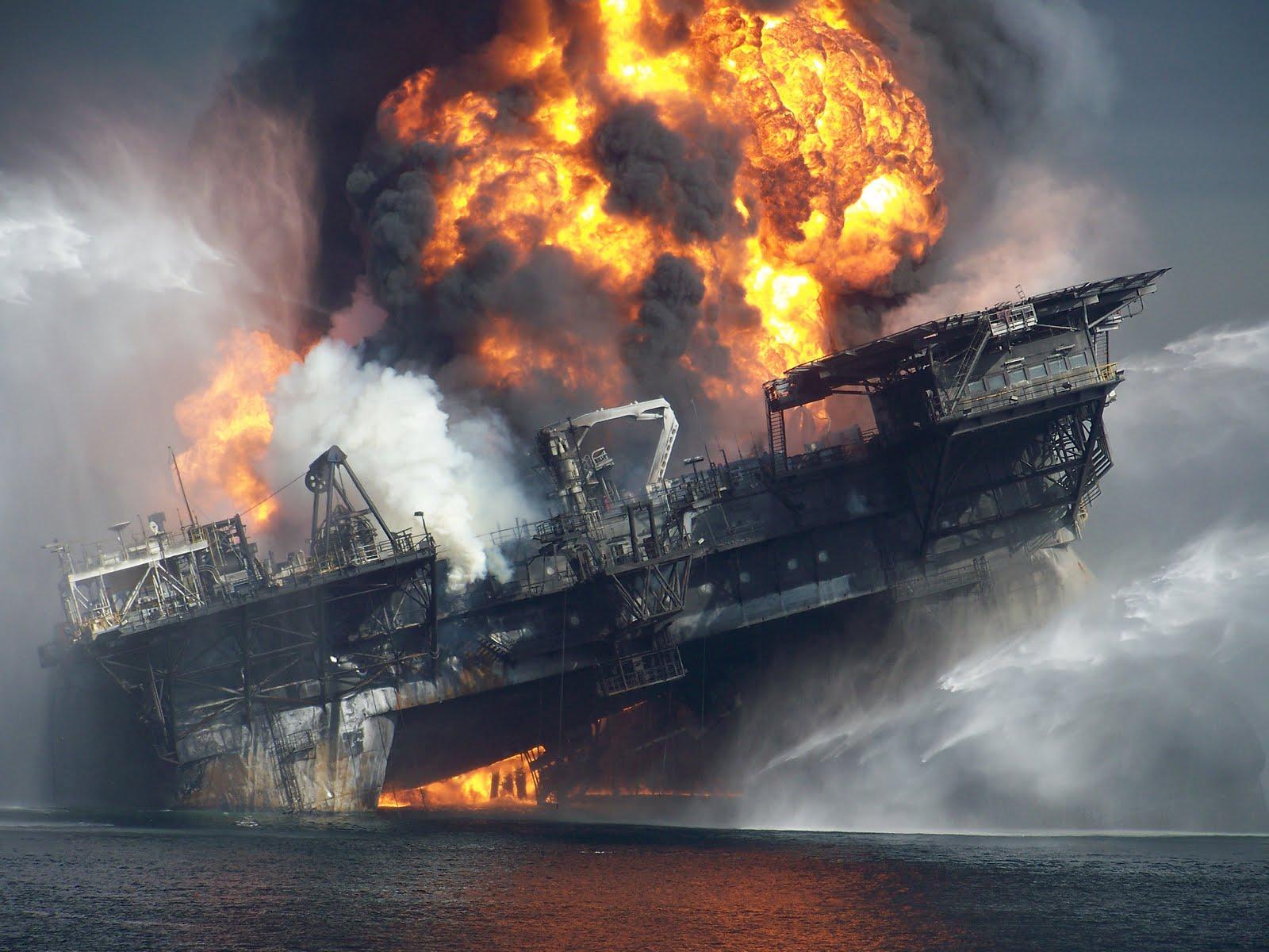 deepwater horizon explosion 2
